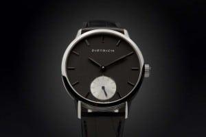 NIGHT : Swiss watchmaking quality